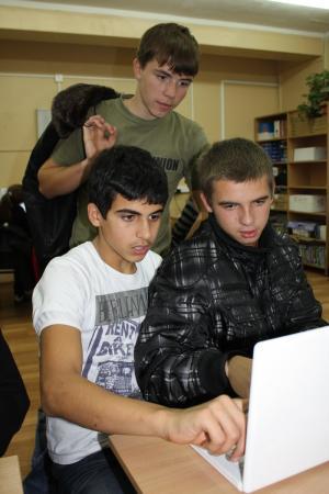Фото к Победители Всероссийской олимпиады стали друзьями Информационного центра