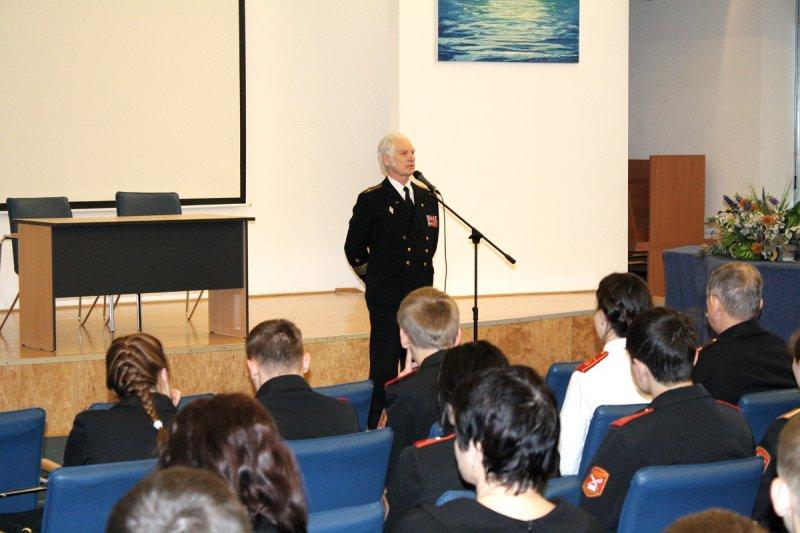 Фото к На Балтике встречали День моряка-подводника