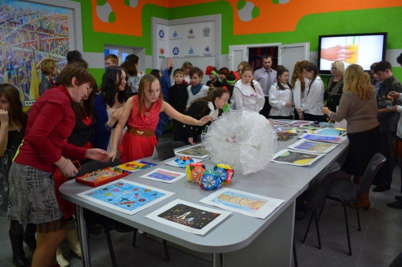 Фото к В Калининградском Информационном центре по атомной энергии прошел областной фестиваль для детей с ОВЗ